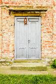 老入口门 — 图库照片