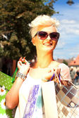Frau beim Shopping — 图库照片