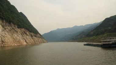 Yangtze River, Three Gorges area in China — Stock Video