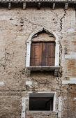 Muro di venezia con crack — Foto Stock