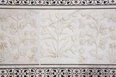 Marble flowers Taj Mahal — Stock Photo