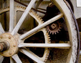 Wagon wheel with gears — Stock Photo