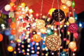 Colorful garlands at the night market in Thailand — Stockfoto