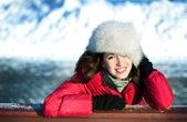 Retrato de invierno de mujer — Foto de Stock