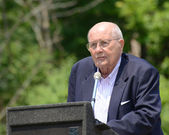 John Dingell at Memorial Day observance — Stock Photo