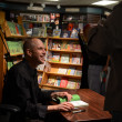 Jim Ottaviani at Nicola's Books June 2013 — Lizenzfreies Foto