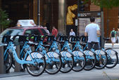 Divvy bike rental station in downtown Chicago — Stock Photo