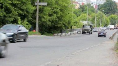 Traffic on the bridge — Stock Video