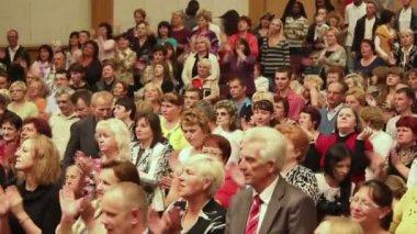 Gens religieux — Vidéo