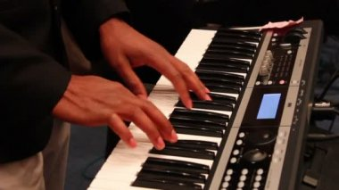 Playing piano. — Stock Video