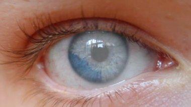 Insan gözü — Stok video