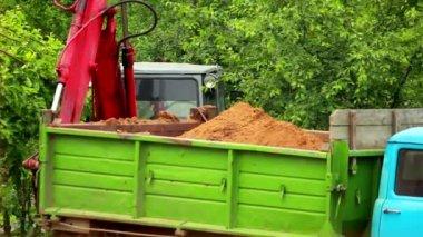 Excavator in quarry — Stock Video