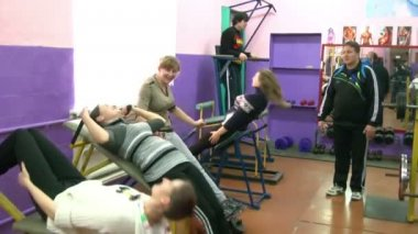 School pupils in the gym — Stock Video
