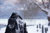 Persoon in een snowscape — Stockfoto
