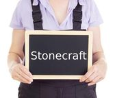 Craftsperson with blackboard: stonecraft — Stock Photo