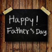 Happy Father Day note on message note with wooden background — Stock Photo