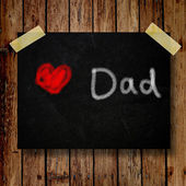 Happy Father Day note on message note with wooden background — Stockfoto