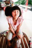 Adorable little girl - shallow DOF, focus on eyes — Stock Photo