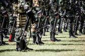 Dział wih żołnierzy — Zdjęcie stockowe