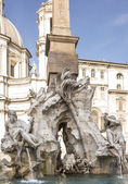 Fountain of the Four Rivers (architect Bernini) on Piazza Navona — Stock Photo
