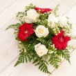Red and white flower arrangement — Stock Photo