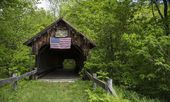 Old covered bridge — Stock Photo