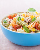 Bowl of pasta salad — Stock Photo