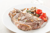 Roasted beef steak with fried vegetables — Stock Photo