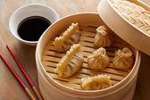 Homemade dim-sum asian dumplings — Stock Photo