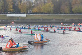 TVER - OCTOBER 11: Kayaking on the river Volga during the Olympi — Stock Photo