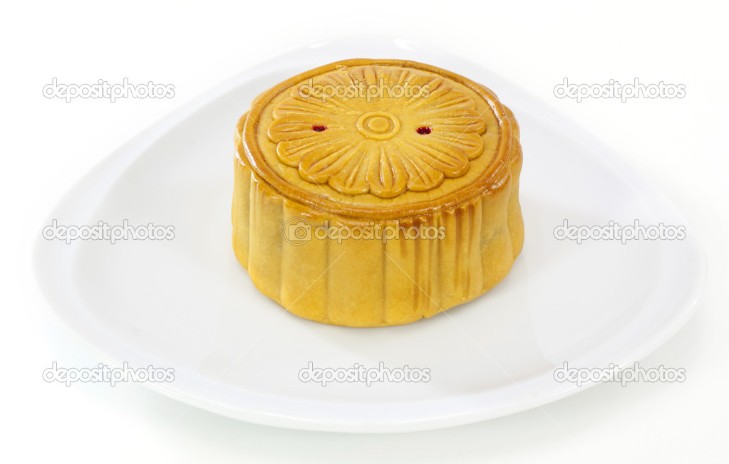 Moon cake on white plate — Stock Photo #13642073