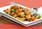 Thai food,stir fired chicken with cashew nuts — Стоковое фото