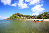 Tropical beach, Andaman Sea, koh Lanta Thailand — Stock Photo