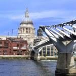 London Millennium Bridge — Stock Photo