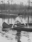 Rowing down river — Stock Photo