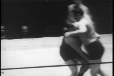 摔跤匹配,纽约城,20 世纪 30 年代 — 图库视频影像
