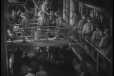 Prisoners walking through jail — Stock Video