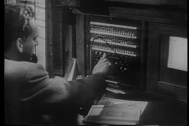 Telegraph operators at work — Stock Video