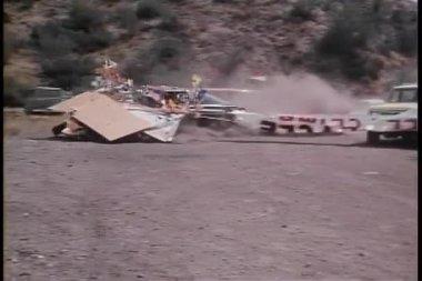 Cars crashing through banner — Video Stock
