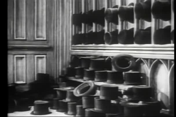 Filas de sombreros — Vídeo de stock