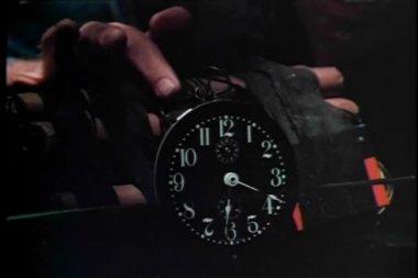 Man hesitating to set off time bomb — Stock Video