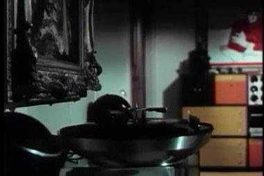 宽镜头记录在转盘上播放的 — 图库视频影像