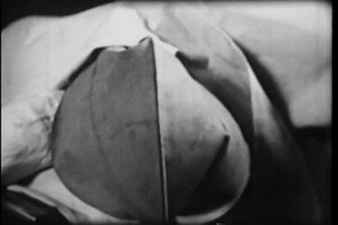 Nahaufnahme des sauerstoff-tasche aufblasen und nachgebende — Stockvideo