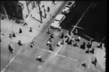 High angle view of crossing New York City street — Stock Video
