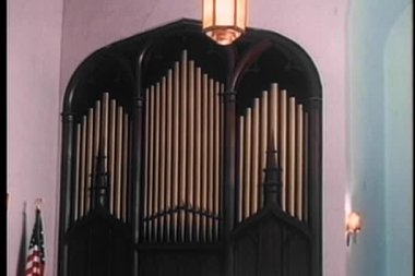 Wide shot of organ pipes in church — Stock Video