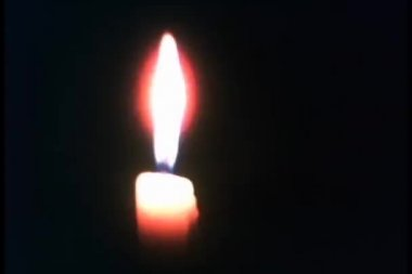 Close-up of candle flame — Vídeo Stock