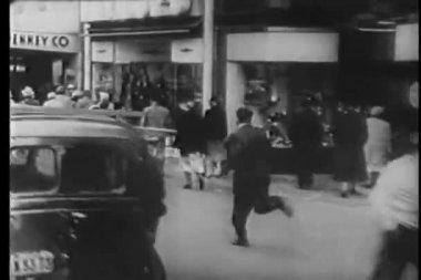 Tiro do ponto de vista do homem correndo rua são francisco — Vídeo stock