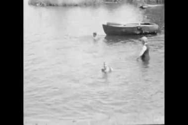 Montage of swimming in lake — Stock Video #26655615