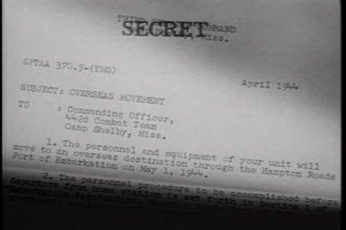 макро конфиденциальное письмо — Стоковое видео