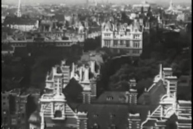 Aerial view of Paris, France, 1940s — Stock Video